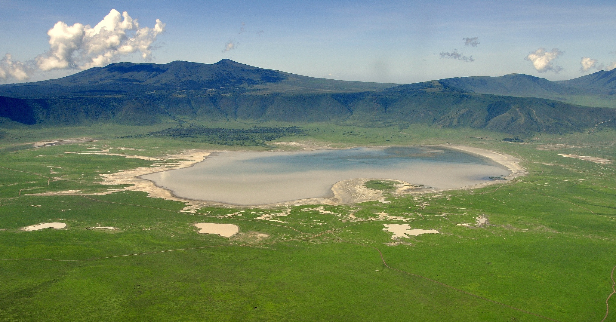 4 Days Ngorongoro & Serengeti